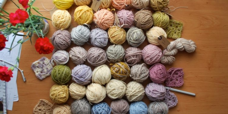 I Am Kate: How to Dye Yarn