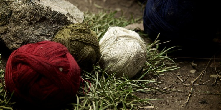 Sacred Valley NGOs 043 - Awamaki weaving tour - Version 2