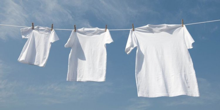 How to dye white clothes?