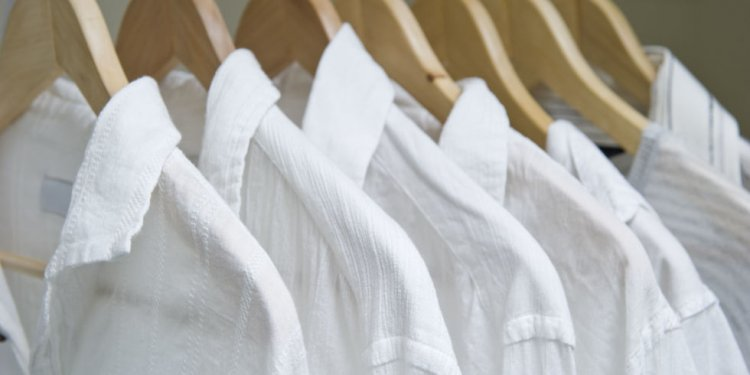 How to color a white shirt?