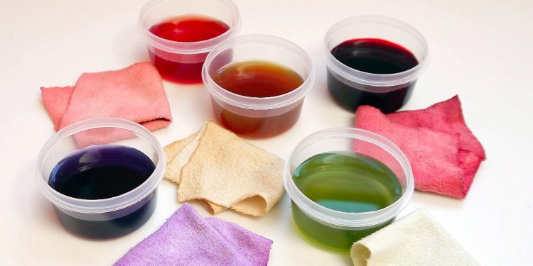 Making natural dyes